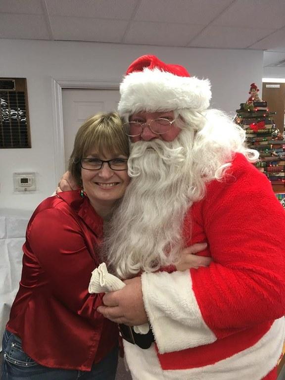 Alicia hugging santa 2016.jpg