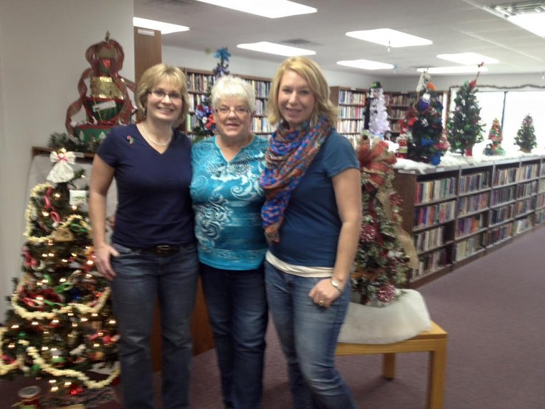 Library Staff 2015.jpg